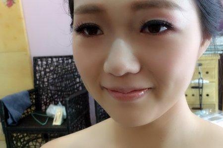 新娘白紗宴客造型