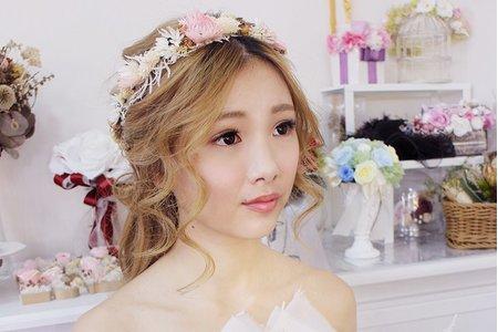 婚紗作品《森林系公主長髮》