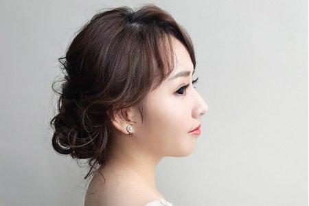 婚紗作品《氣質名媛低盤髮》