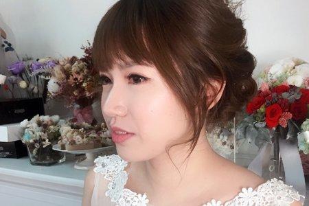 婚禮造型_浪漫低盤髮