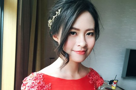 |婚禮造型|仙氣公主長髮+氣質低盤髮