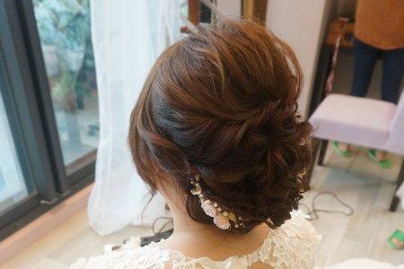 Kiwi彩妝造型 - 白紗氣質盤髮
