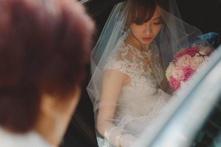 琨麒怡華文定結婚