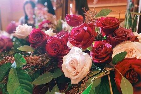 酒紅色系&經典金玫瑰