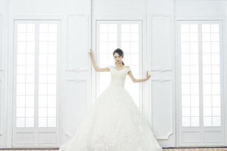 婚紗包套單日簽約最高現金折一萬元