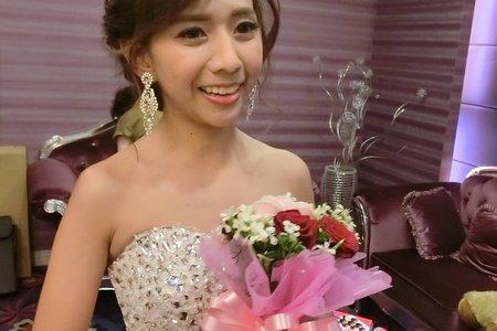 美麗泰籍新娘BoBo婚宴造型紀錄