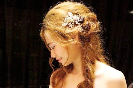 Sabrina彩妝造型/自助婚紗/公主般高雅