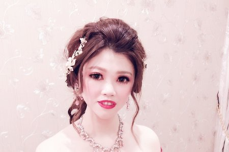 Sabrina彩妝造型/結婚午宴/歐美式美豔眼妝