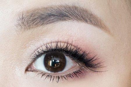 整形級眼型化妝術