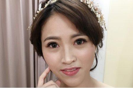 短髮典雅新娘造型