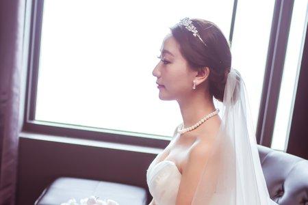 Bride-Emma
