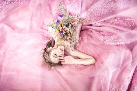乾燥玫瑰-婚紗攝影/台中婚紗/婚紗包套/自助婚紗