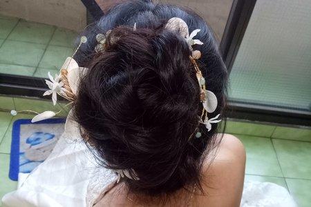 新娘造型花苞頭盤髮