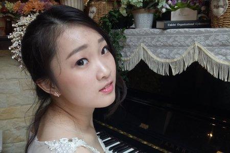 陶瓷底妝/清新眼妝/自然清爽妝容