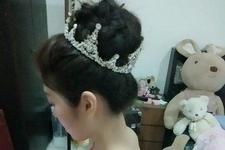 花苞頭/高盤髮