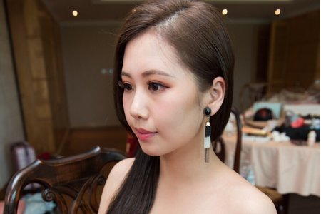 Jasmine Makeup Studio-羿玲