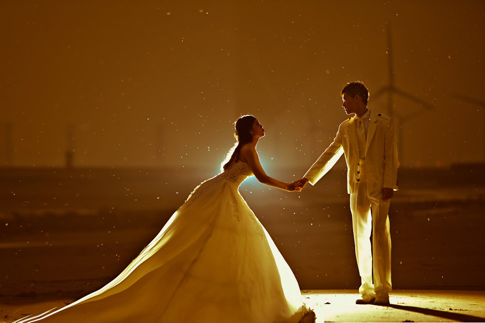 0-209 - 台中2號出口婚紗攝影工作室 - 結婚吧
