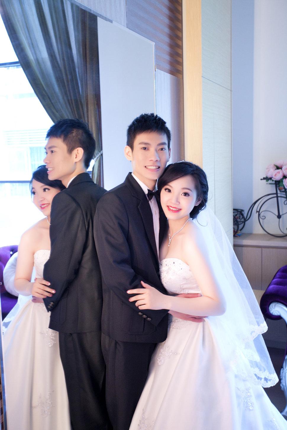 0-49 - 台中2號出口婚紗攝影工作室 - 結婚吧