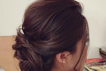 文訂盤髮造型