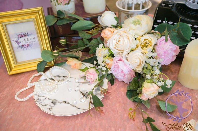 粉紅甜蜜桌面道具