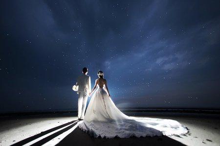訂婚+宴客(彩妝造型+2套禮服出租價位)