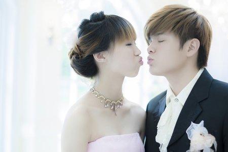 閱讀美麗__昂龍育嘉拍婚紗