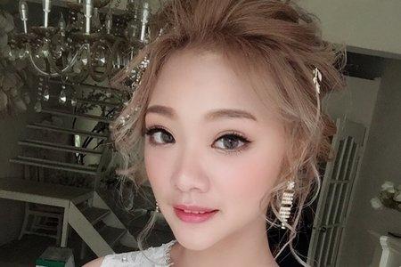 韓式低盤髮造型