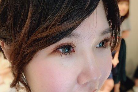 Little A Love Makeup ~ 自然大眼