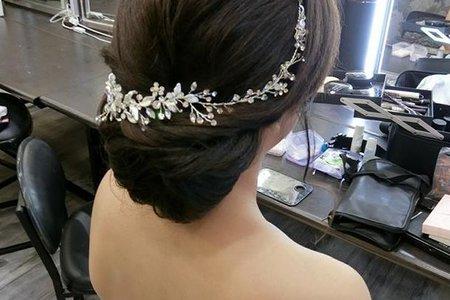 日式新娘包頭造型
