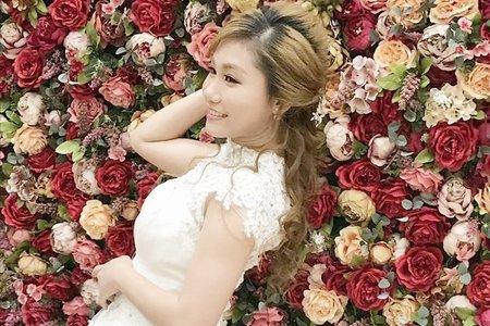 新娘編髮拉鬆浪漫風格