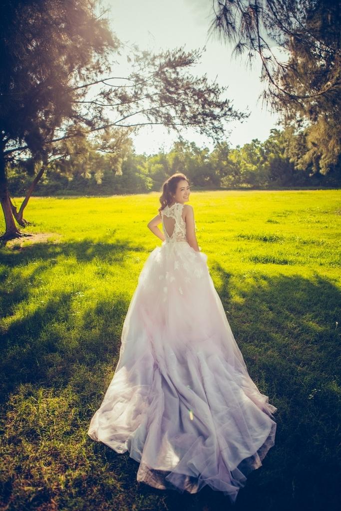 【婚紗禮服租借】-婚紗價格-租婚紗推薦作品