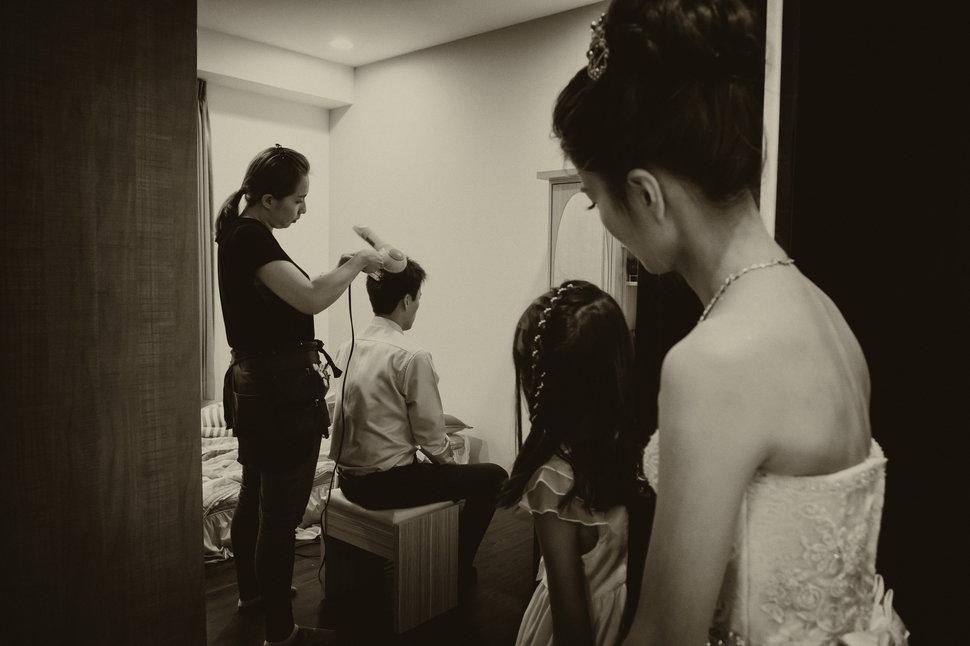 024 - 鐳秝攝影工作室《結婚吧》