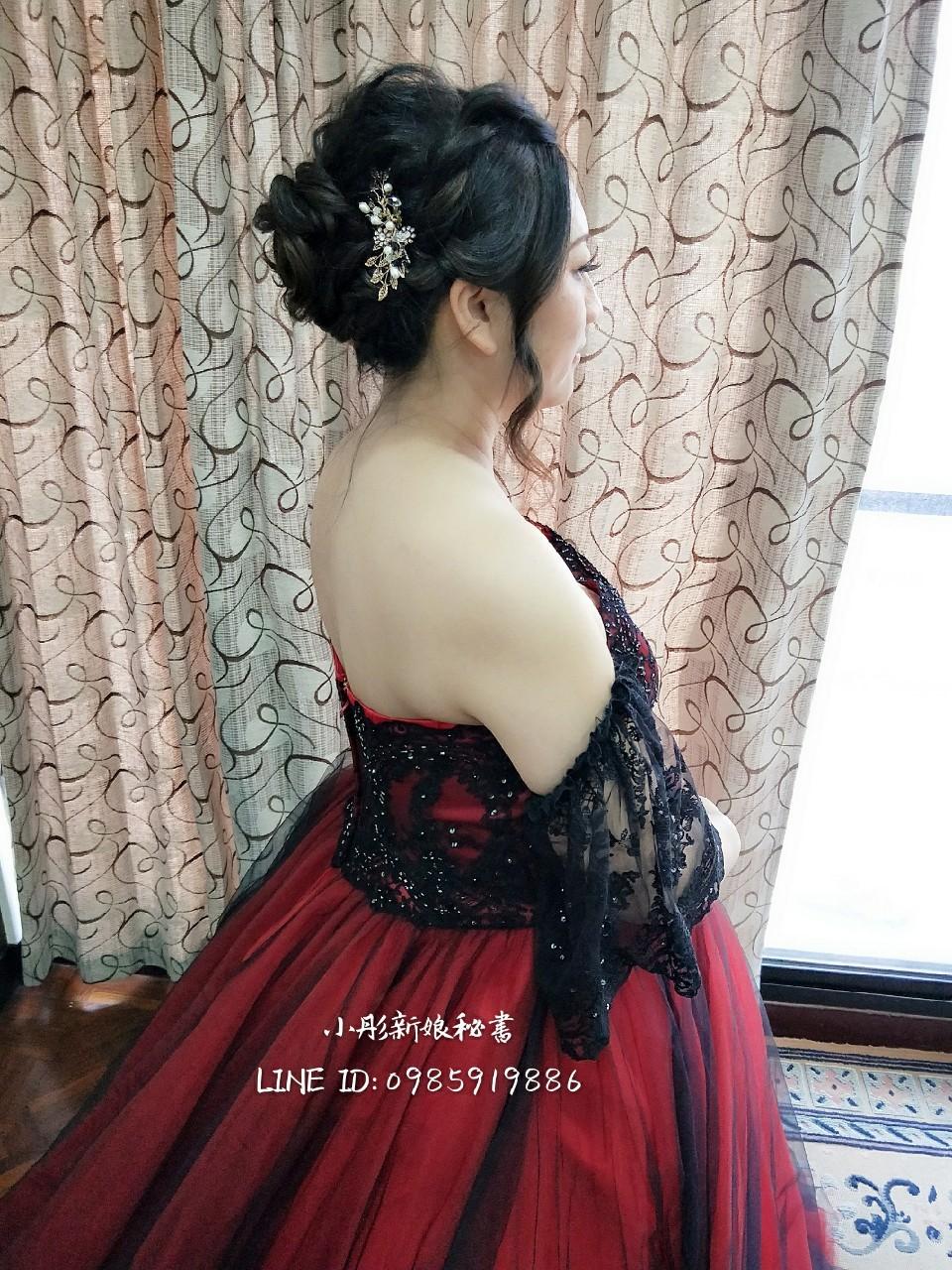 2019 - 葳締(黃筠彤)彩妝造型團隊-彰化/台中《結婚吧》