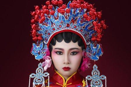 鳳冠霞披古裝新娘造型