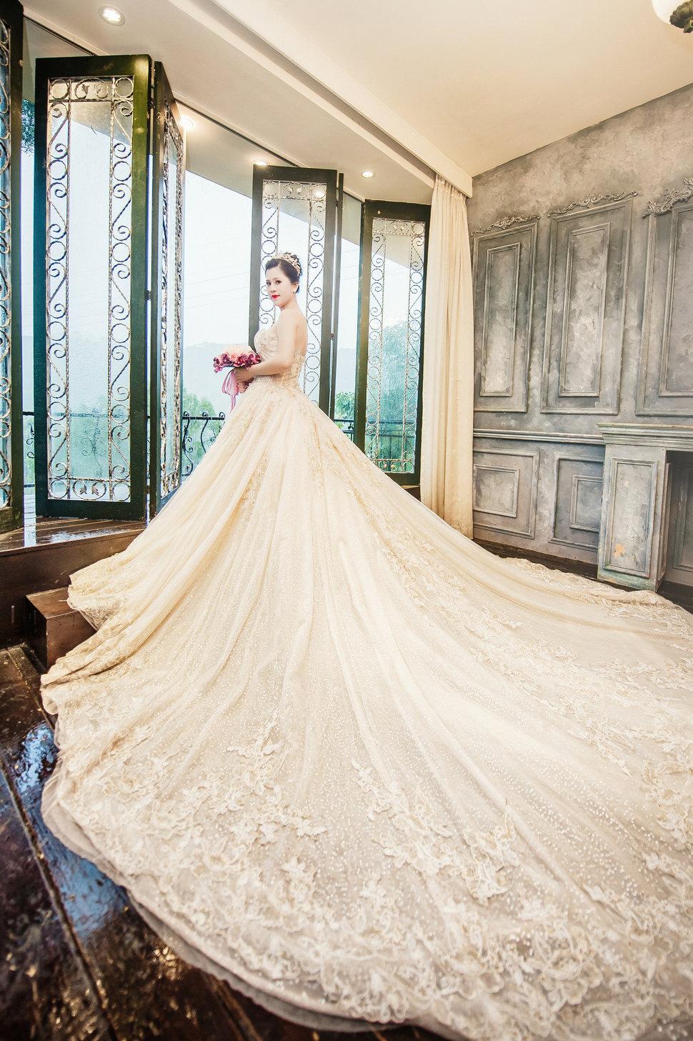 AT-013-6 - IN LACE 品牌婚紗 ‧ 手工訂製《結婚吧》