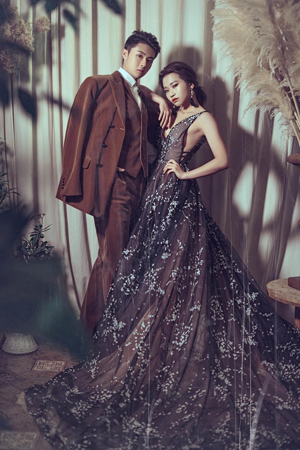 000 - IN LACE 品牌婚紗 ‧ 手工訂製《結婚吧》
