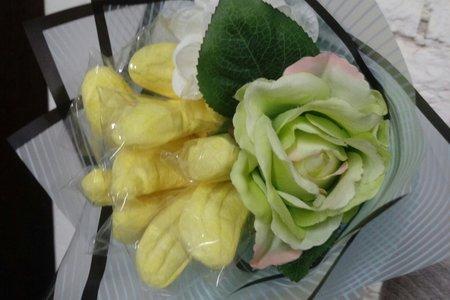 香蕉棉花糖仿真花束