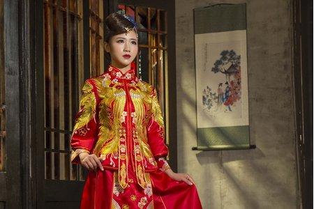 [鳳凰佳成]-中式禮服訂製&秀禾服出租