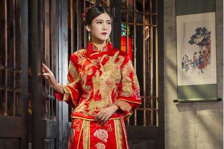 [鸞鳳和鳴]-中式禮服訂製&秀禾服出租
