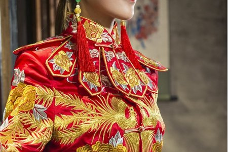 [伊洛傳芳]-中式禮服訂製&秀禾服出租