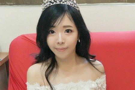 小主公甜美新娘造型