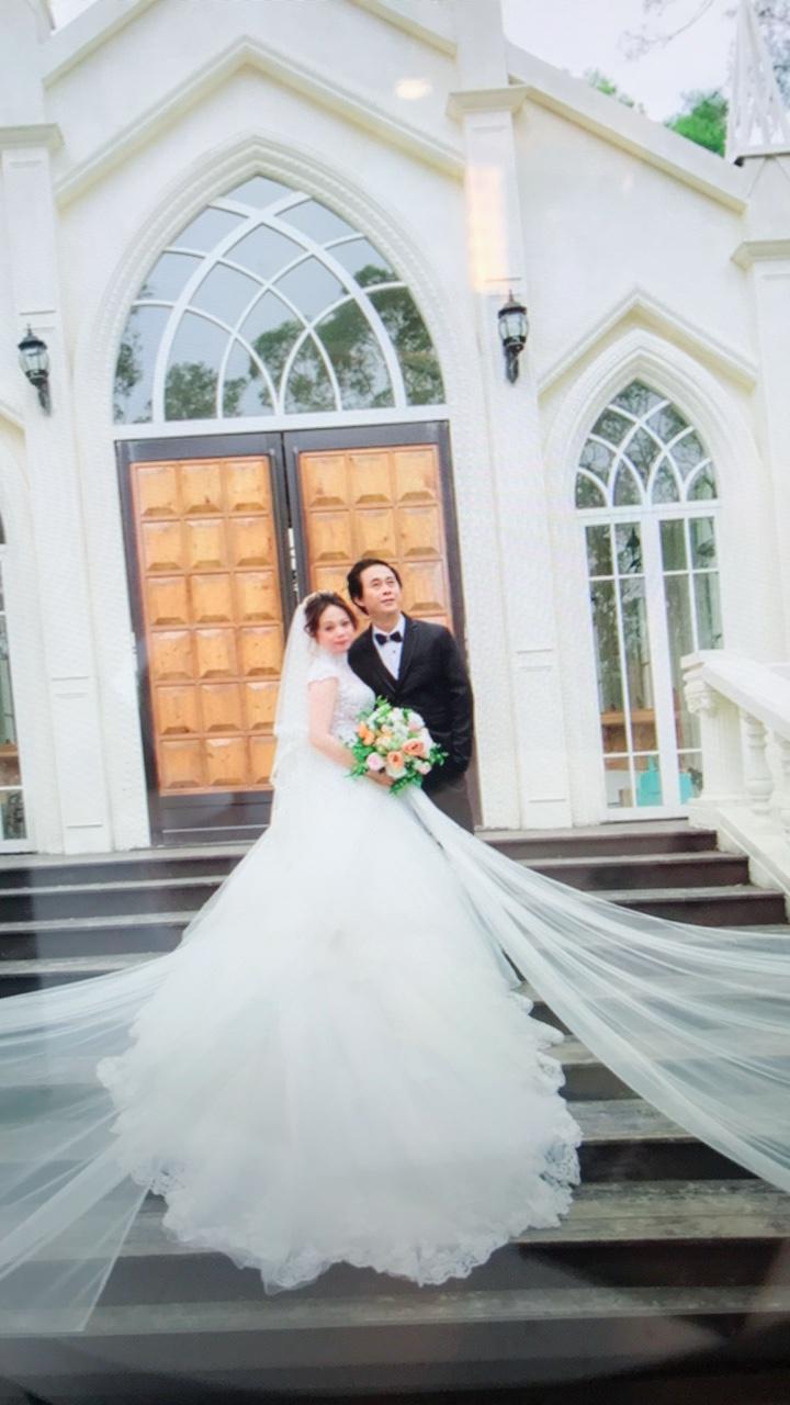 TIFFANY   台中帝芬妮精品婚紗,感謝j sir 強大的拍照技術,選他沒錯!