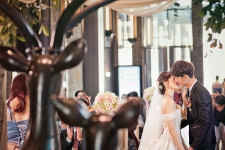 哲&薇結婚