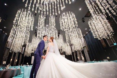 喆&尹結婚