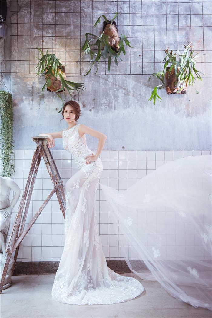 艾薇時尚精品婚紗,親愛的~遇到艾薇我們好幸運!