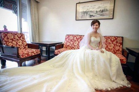 結婚宴客作品集-新娘迎娶宴客妝髮-新秘千越