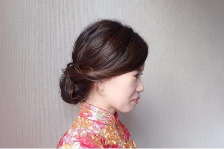 新秘現場作品-中式龍鳳掛低盤髮造型