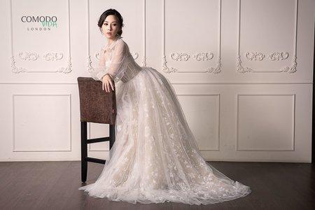 白色拖尾禮服
