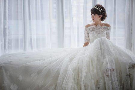新娘秘書-新娘當天整體造型設計與禮服穿搭