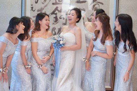 簡珮瀠老師- 優雅時尚新娘造型
